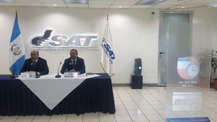 Inauguran herramienta automatizada de servicio para facilitar trámites en la SAT