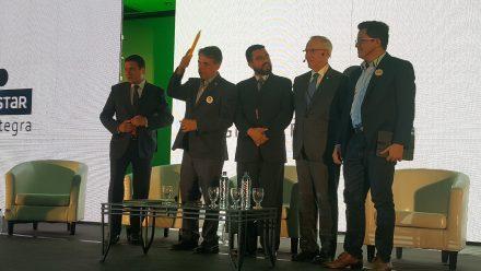 Candidatos presidenciales ratifican compromiso contra corrupción en foro convocado sector de la construcción
