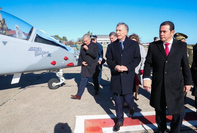 Oposición lamenta despilfarro de Morales en compra de aviones argentinos