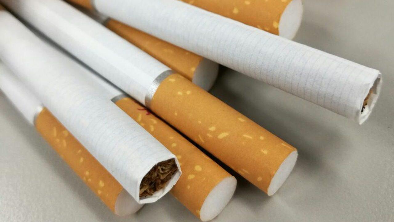 Nueva York prohíbe la venta de cigarrillos a personas menores de 21 años