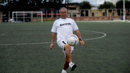 """Fallece una de las leyendas del futbol nacional: """"Conejo"""" Sánchez"""