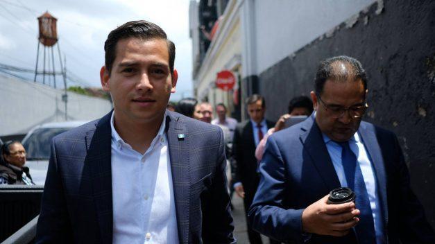Absueltos hijo y hermano de presidente Morales, procesados por caso de corrupción