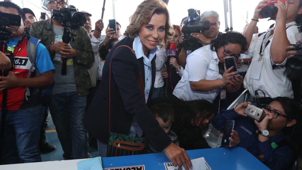 Apuesta Sandra Torres por un pacto de país y acusa a Giammattei de ser candidato del gobierno