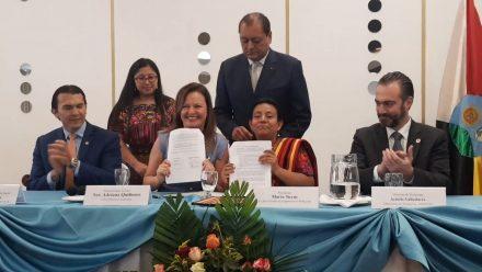 Suscriben convenios para impulsar empoderamiento económicomujeres indígenas