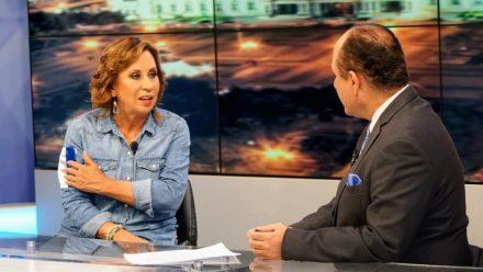 UNE, sin Sandra Torres, reconoce victoria de Giammattei