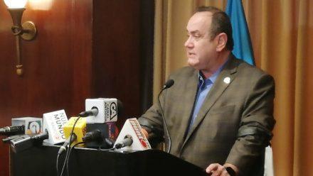 Niega presidente electo Giammattei influencia en captura de dirigente de la UNE
