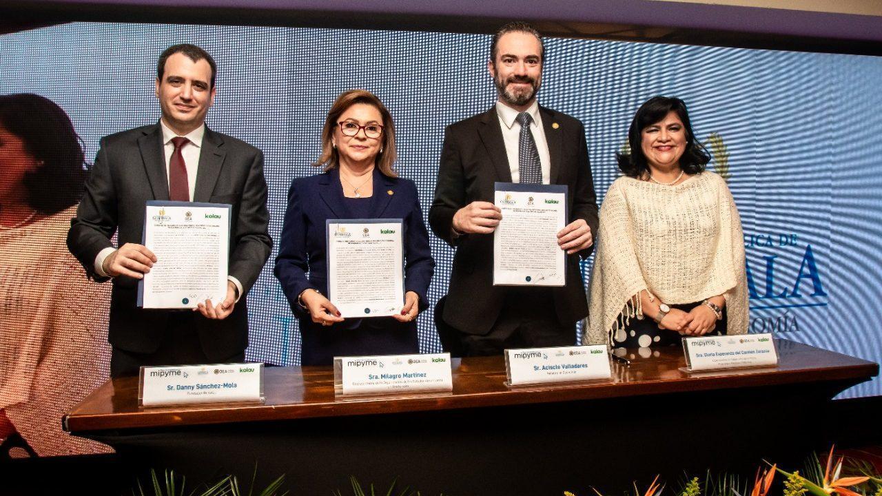 Ministerio de Economía anuncia plan para digitalizar, sin costo, a micro y pequeñas empresas
