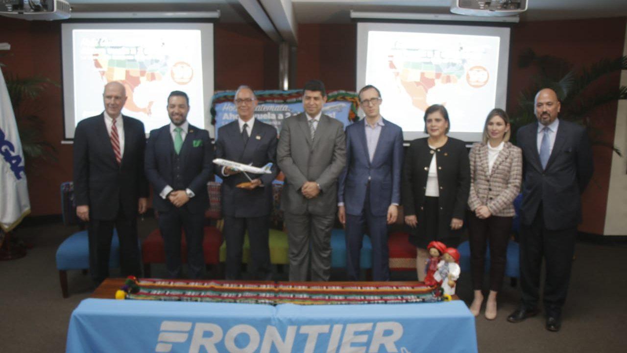 """Apuesta gobierno por política de """"cielos abiertos"""" para impulsar viajes y turismo"""