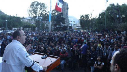 Presidente Giammattei inaugura en Quetzaltenango programa de internet gratuito