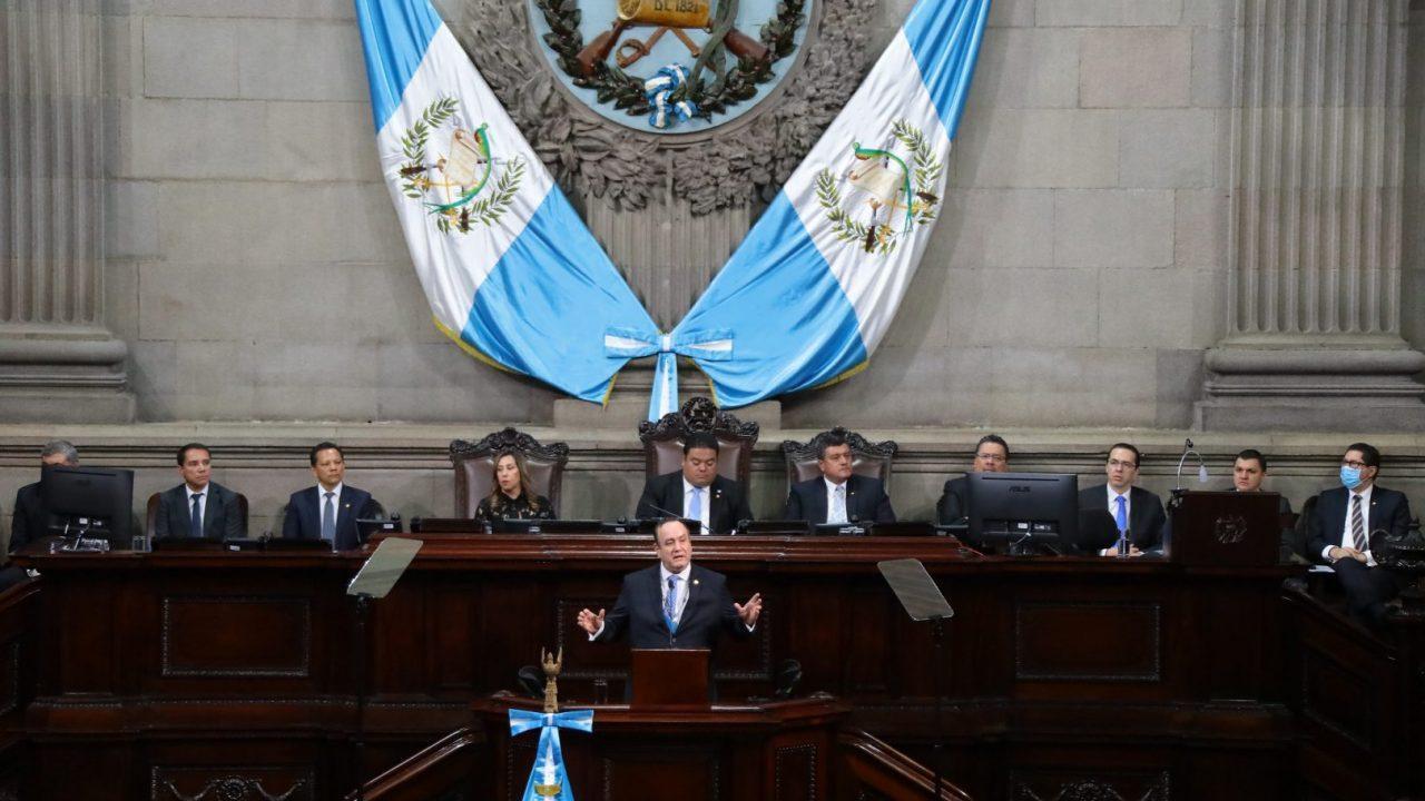 Presidente Giammattei solicita 7 mil mdq de ampliación presupuestaria por emergencia coronavirus