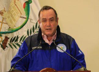Presidente Giammattei ratifica apoyo económico a los más vulnerables