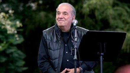 Fallece ícono de la música popular: cantautor Óscar Chávez
