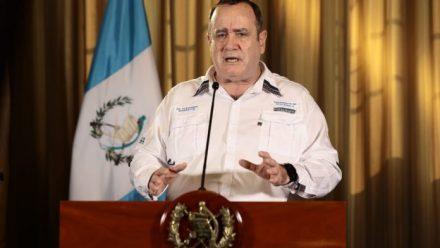 Presidente Giammattei anuncia incremento de casos coronavirus, que asciende a 153