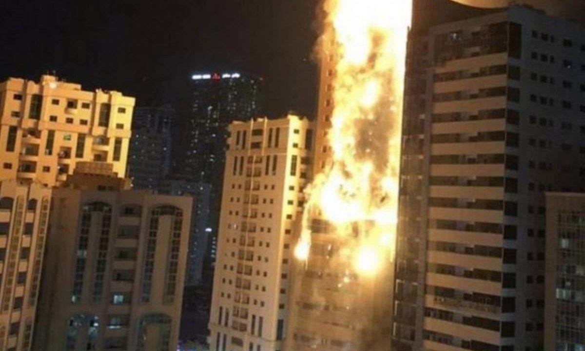 Devastador incendio en emblemático edificio de Emiratos Árabes Unidos