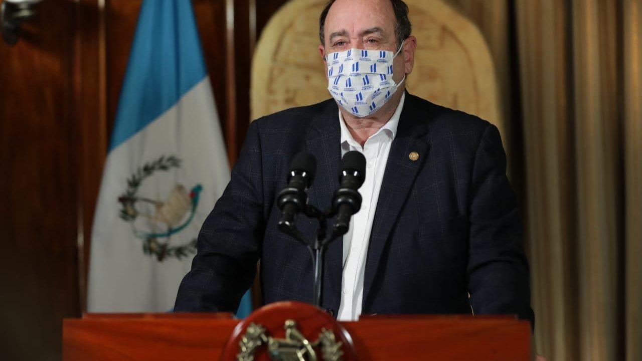 Guatemala supera los dos mil casos de coronavirus, que causa 38 muertos