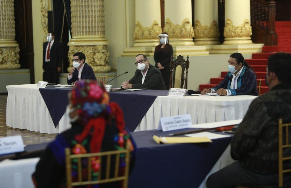 Covid-19 golpea a miembros del gobierno guatemalteco