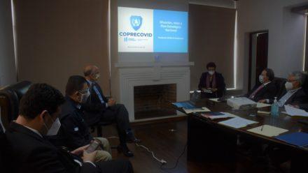 Gobierno reporta 33 fallecidos y 979 casos nuevos de coronavirus