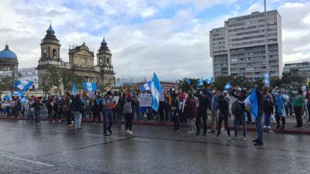 Giammattei denuncia posible golpe de Estado y pide intervención de OEA