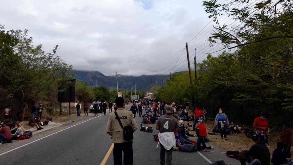 Caravana de migrantes genera roce diplomático entre Guatemala y Honduras